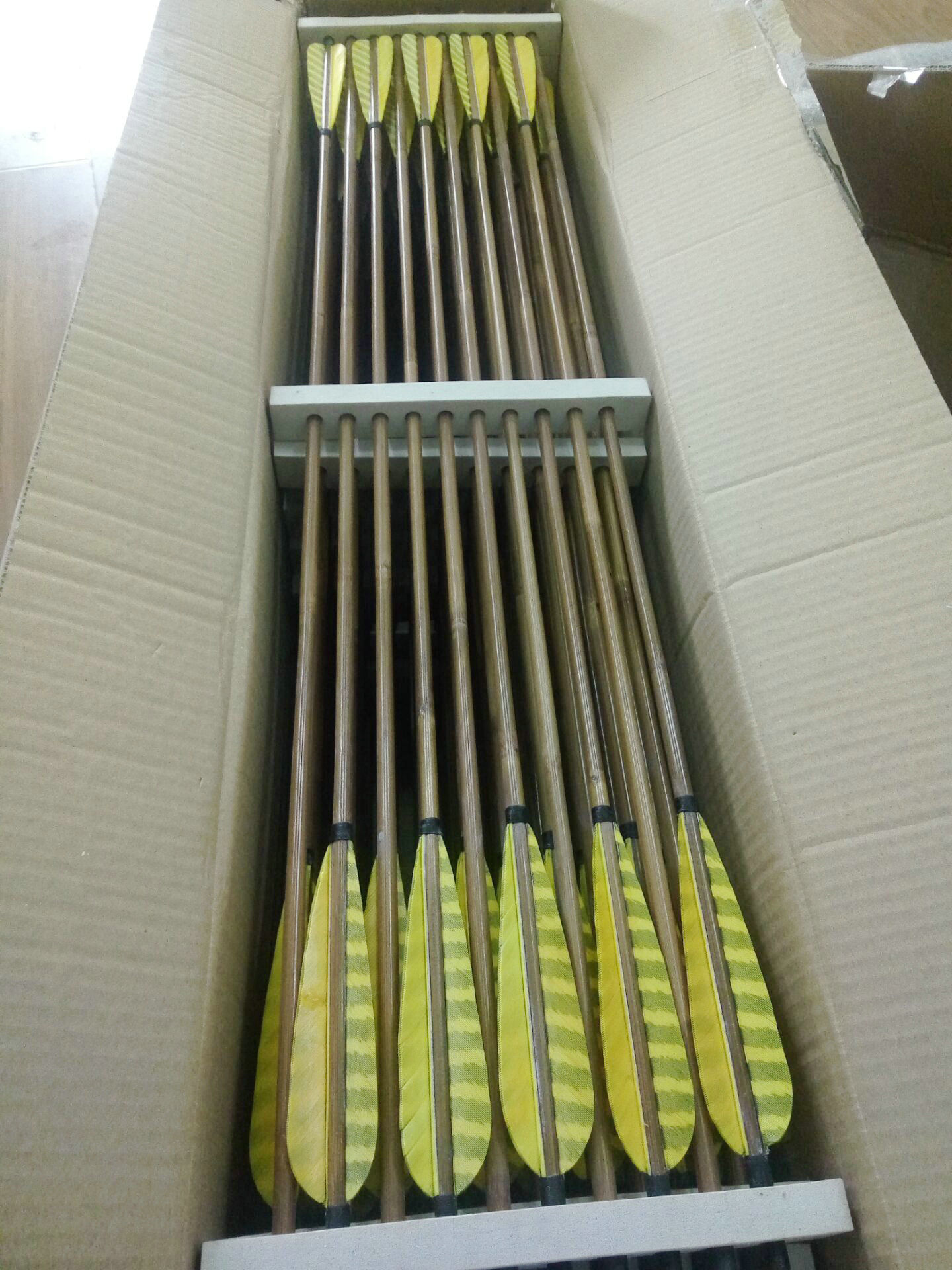 bamboo arrows with 5inch stripe feather